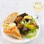 greek vegetarian platter with white wine 150x150